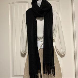 TOPSHOP Acrylic Yarn Soft Long Black Scarf NWT